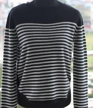 Crew Neck Women's Cashmere Sweater in Black and Cream Stripe