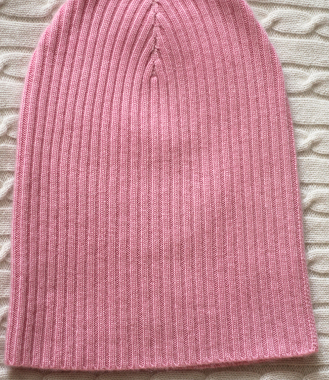 Cashmere Beanie Hat in classic design