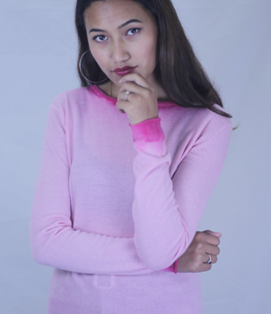 Crew Neck Summer Cashmere Sweater in Pink Tip Dye Style