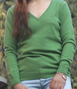 V Neck Classic Cashmere Sweater