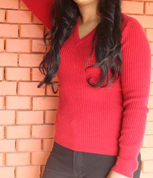 V Neck Ladies Rib Sweater